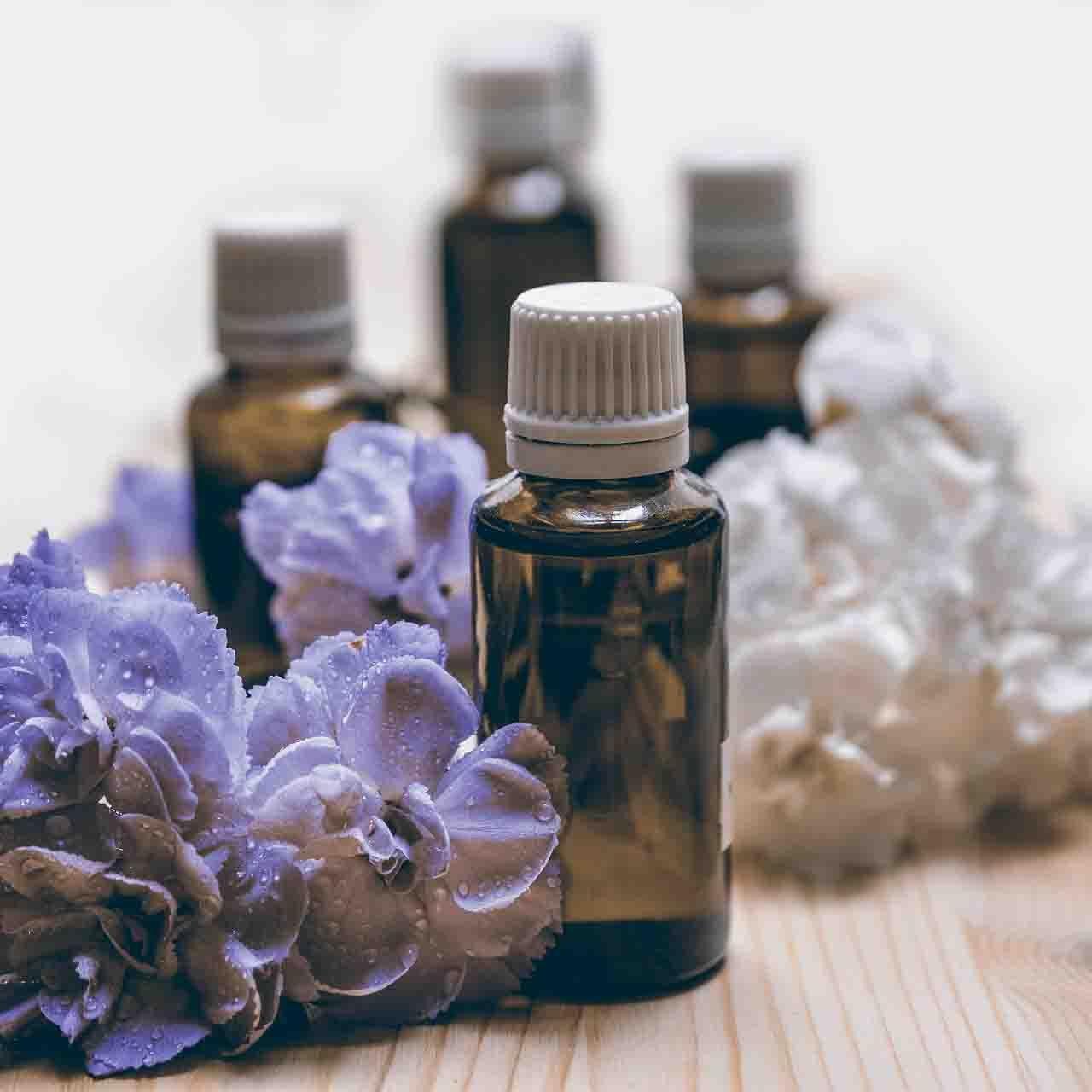 aimaproject-agenzia-di-comunicazione-farmacia-giardino-coldrerio-aromaterapia-aroma-essential-oils
