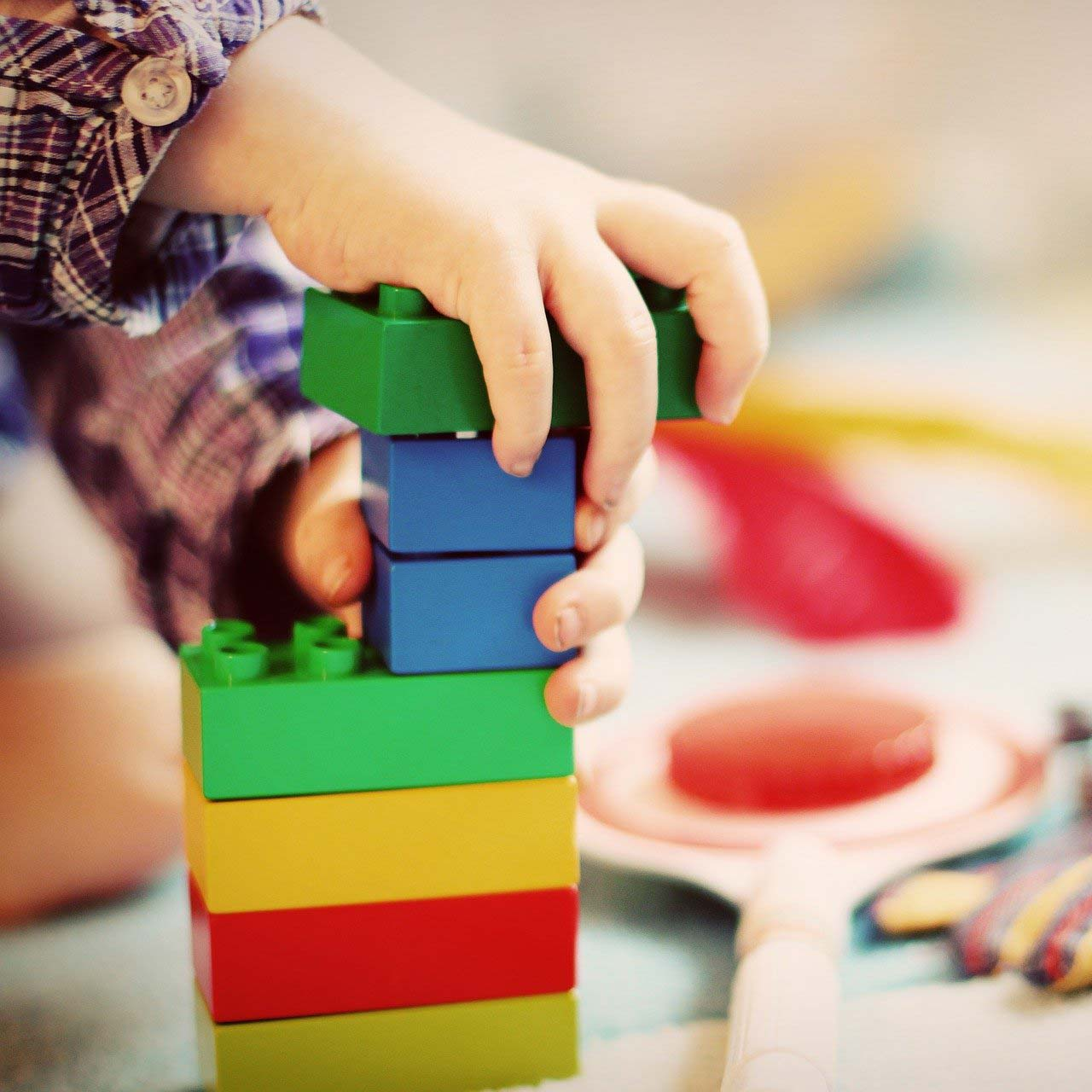 aimaproject-agenzia-di-comunicazione-farmacia-giardino-coldrerio-parafarmacia-giochi-per-bambini